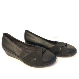 A2 by Aerosoles Black Wedge Low Heels 6